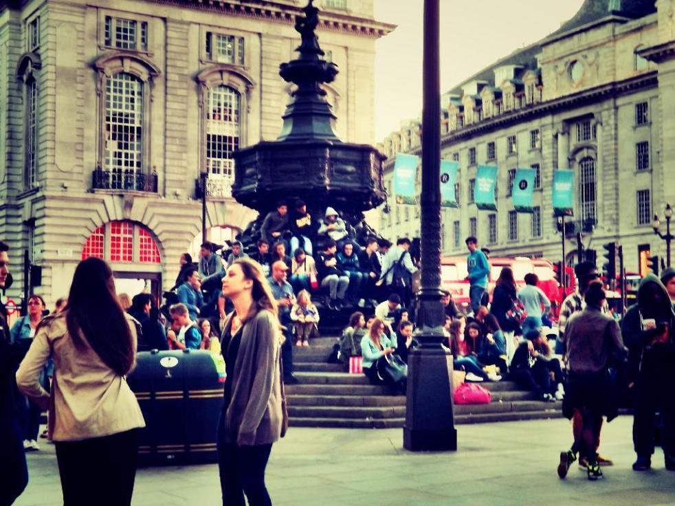 tourists flock